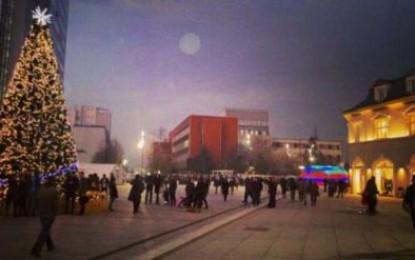 Prishtina feston Vitin e Ri në shesh
