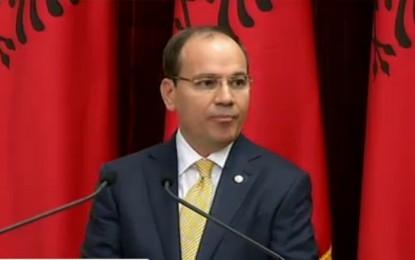 Presidenti sulmon hapur qeverisjen e Ramës për varfërinë dhe rendin