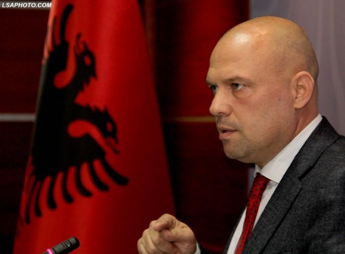 Manjani: Kufiri me Greqinë, tradhëti e lartë ndaj Shqipërisë