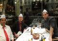 Kur Mavraj pinte birrë me hoxhën Ahmed … (Foto)