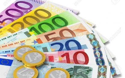 Rënia e euros: Si po ndikohen këstet e kredisë, çmimet e shtëpive, pagat…