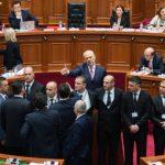 SPJV.IT: Sherr dhe grushte në parlament mes PD-PS