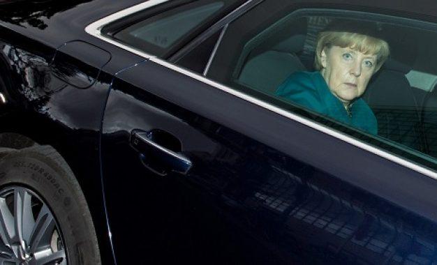 Merkel i shpëton atentatit në Pragë