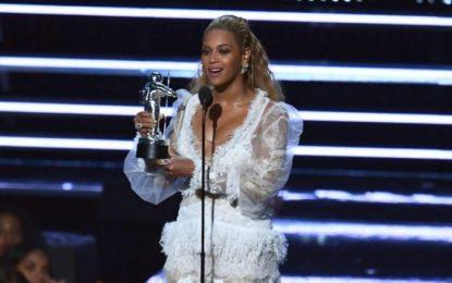 Mtv Video Music Awards, Beyonce triumfon me tetë statuja