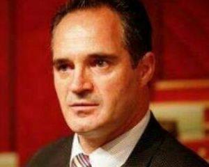 Hasani: Referendum për bashkimin e Shqipërisë me Kosovën