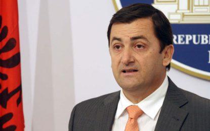 Tavo: Maxhoranca të mendojë për reformat dhe qytetarët. Ka kohë për koalicionin
