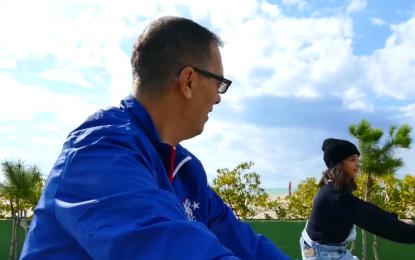 "Projekti ""Baballarë dhe Vajza"", Adi Krasta thyen betimin, prezanton vajzën (VIDEO)"
