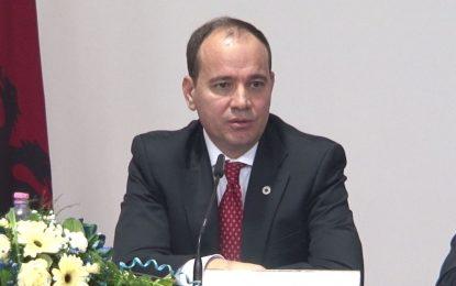 Nishani: Meta do të jetë president i balanceve politike