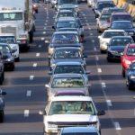 Amnistia/140 mijë makina përfitojnë faljen e taksave dhe fshirjen e detyrimeve për çregjistrimin