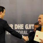 """Kryetari i PD, Lulzim Basha, Kryetari i Kuvendit, Ilir Meta dhe Ambasadori Amerikan ne Tirane, Donald Lu, gjate konferences """"Korrupsioni zgjedhor, nevoja per nje reforme elektorale te thelle dhe gjitheperfshirese"""", e iniciuar Koalicioni i Vezhguesve Vendore, ne hotel Tirana./r/n/r/nLeader of the Democratic Party Lulzim Basha, Parliament Speaker Ilir Meta and American Ambassador in Tirana Donald Lu during a conference about the necessity of the Electoral Reform."""