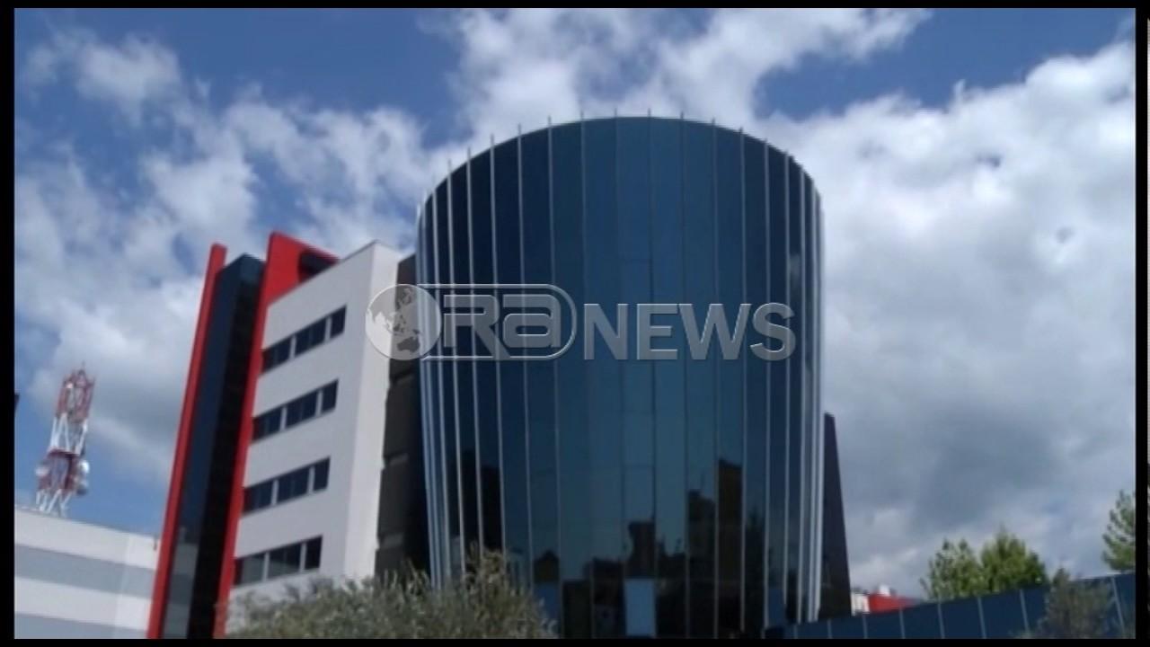 AMA kërcënon Ora News pas gjyqit për licensën
