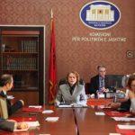 Tensionet Kosovë-Serbi/ Komisioni i Jashtëm, Dade: Treni serb ishte provokim