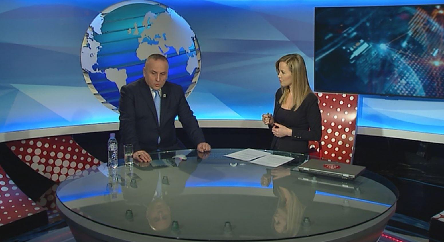 Kulla: Shqipëri-Kosovë asnjë negocim me Serbinë pa liruar Haradinajn. Do të preket i gjithë Rajoni