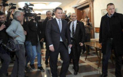 Maqedoni/Kush po e manipulon Ali Ahmetin?