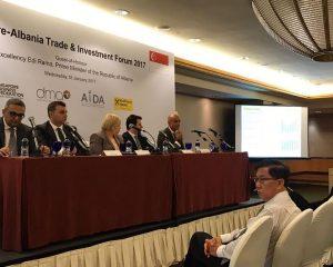 Raiffeisen Bank sponsorizon Forumin Shqiptar të Investimeve dhe Tregtisë në Singapor
