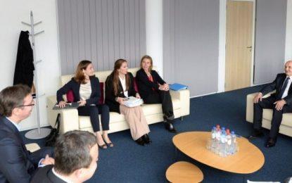 Kosova dhe Serbia ulin tensionet në Bruksel