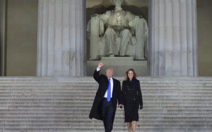 Kodi që duhet të thotë Trump në momentet intime me gruan