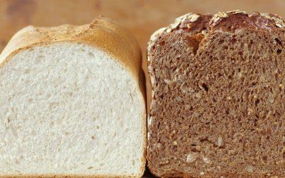Bukë e zezë apo e bardhë për humbje në peshë? Zgjidhet dilema