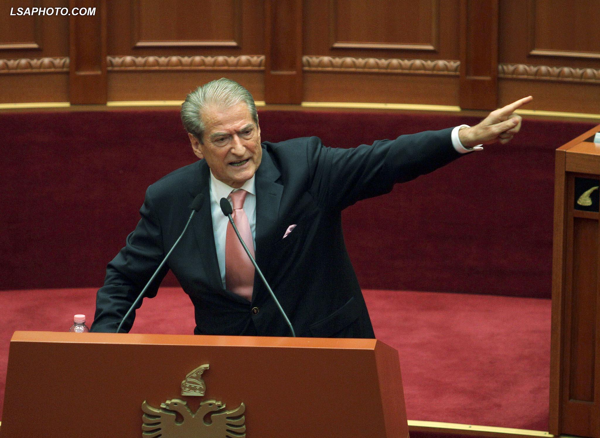 """Berisha mesazh Dades: Nuk bëhesh Presidente, je krahu i """"Hakmarrjes për Drejtësi"""""""