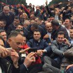 Lulzim Basha: Do të qëndrojmë në shesh deri në qeveri teknike