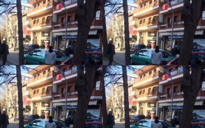 Aksidentohen me makinë tre futbollistët e Skënderbeut, plas sherri në rrugë