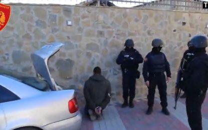 VIDEO nga aksioni i policisë. Ja si u arrestuan 4 prej grabitësit e Rinasit