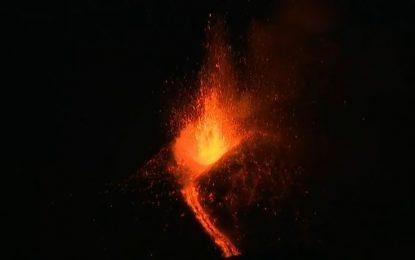 VIDEO/ Shpërthen fuqishëm vullkani Etna, panik në Itali