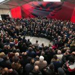 Basha: Heqja e Tahirit, truk për t'u hedhur hi syve shqiptarëve