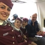 "Fotolajm/ Rama ""merr peng"" avionin, selfie me stjuardesat"