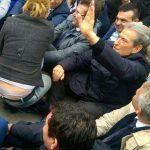 Foto e rrallë nga protesta. Ylli Dylgjeri shkruan: Protesta do bythë!