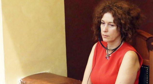 Nga kush ka frikë ambasadorja Vlahutin?