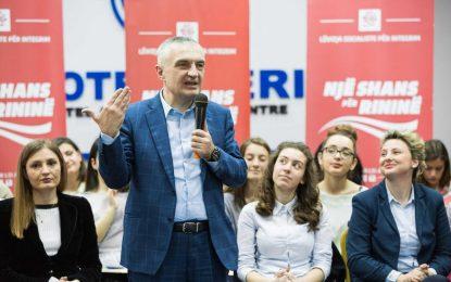 Meta: Konflikti politik, po kthehet në pengesë serioze për integrimit europian