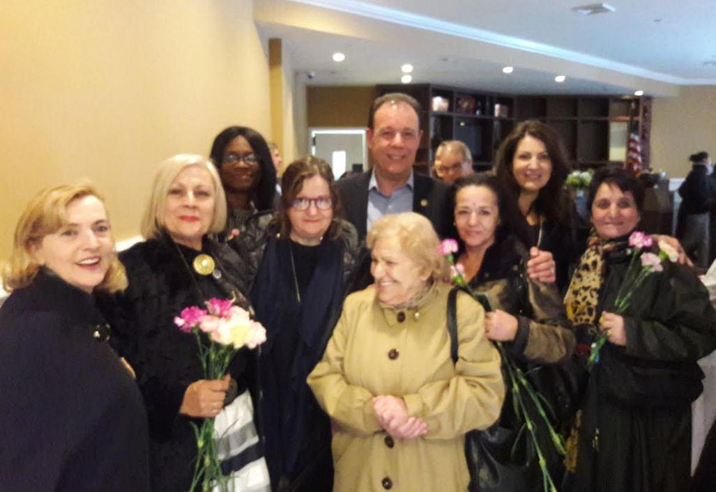 Mark Gjonaj, shqiptaro-amerikani i Asamblesë së Nju Jorkut jep çmime për aktivistët