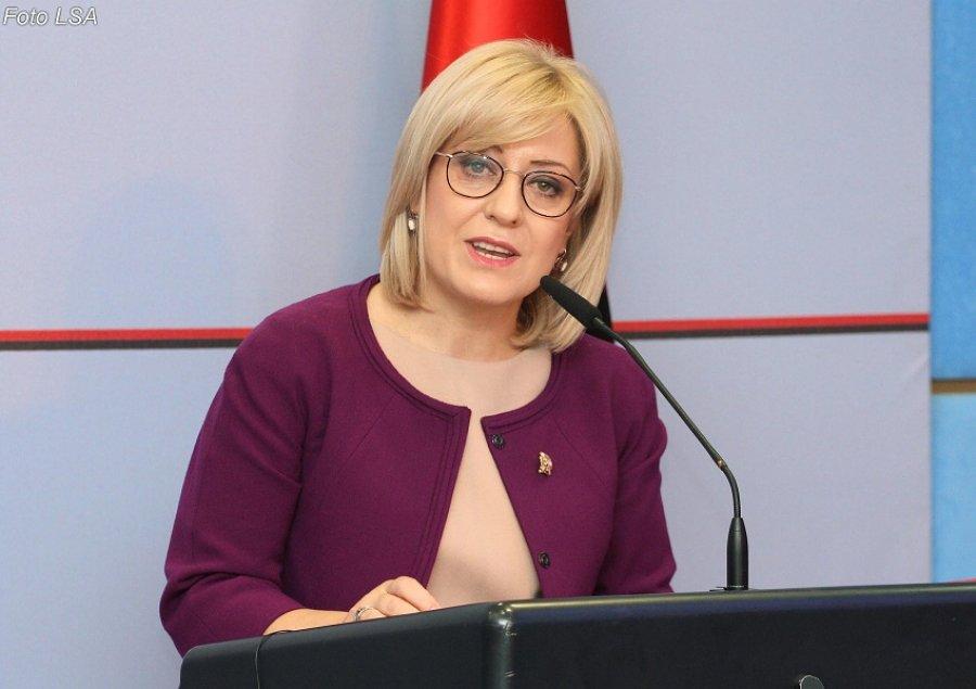 Ministrja Nikolla përgjigjet me delikatesë kritikave të LSI