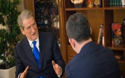 Sali Berisha flet për herë të parë për arrestimin e Thaçit në Shqipëri -Video