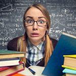 Zbuloni 5 rregullat e arta si të kaloni stresin e provimeve