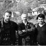 Filmim i rrallë/ Çfarë iu uroi Fatmir Haklaj tropojanëve për vitin 1998, nëntë muaj para vrasjes së Azem Hajdarit