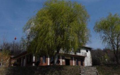 VIDEO/ Si kapitulloi Millosheviçi në restorantin e shqiptarit në Bllacë