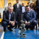 """Ilir Meta, në panairin e shkencës dhe inxhinierisë të kolegjit """"Turgut Ozal"""" (FOTO)"""