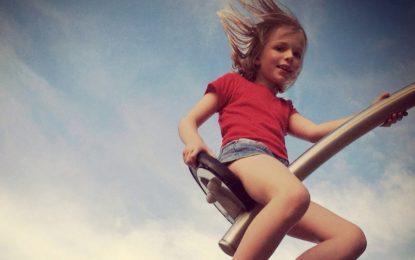 Studiuesit: Ja cilat janë 10 gjërat që i bëjnë fëmijët të lumtur