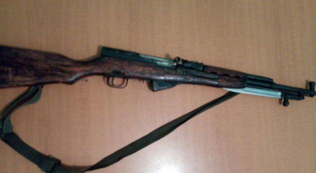 Parandalohet krimi në Shkodër, qëlloi 3 herë me armë drejt 26 vjeçares