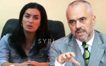 Tërhiqet nga lista e PS si kandidate për deputete, prefektja e Vlorës