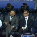 """Barcelona-Juventus/ Çfarë nuk u pa në TV, loja kishte filluar, por """"i çmenduri"""" Dani Alves shkoi te pankina e Barçës"""