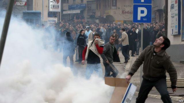 PD në sulm, bllokim total i rrugëve
