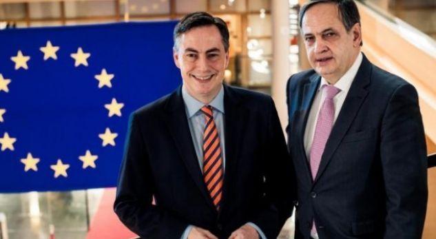 Zbardhen negociatat. Delegacioni i BE: Ja çfarë ofruam. PD kërkoi qeveri teknike