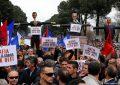 A do të ndikojë shtyrja e votimeve në Kavajë për të zgjidhur krizën politike në Shqipëri?