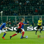 Zyrtare  Mesfushori shqiptar  transferimi i parë nga kuqezinjtë që ndryshon skuadër