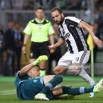 Strakosha bën mrekullira, mediat italiane dhe Higuain vlerësime maksimale për portierin shqiptar