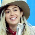 """Miley Cyrus, bad-girl e penduar: """"Për të gjithë do të jem gjithmonë një vajzë nudo mbi top"""""""