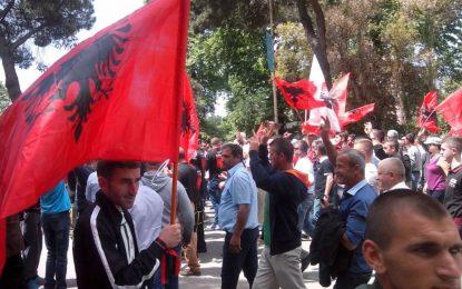 VIDEO/ Pamjet me dron, shihni pjesëmarrjen, si nisi protesta dhe sa ishin në shesh kur po fliste Basha